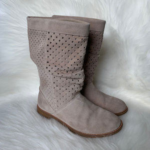 Toms Serra Suede Tan Slouch Boots - 5